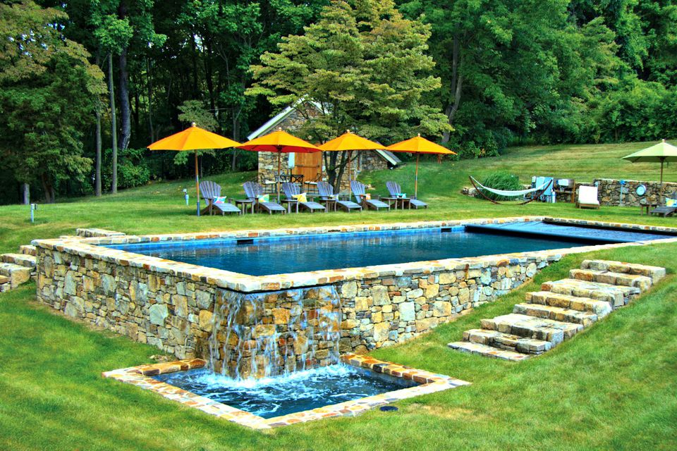 Rectangular Pool Designs and Shapes on Landscaping Ideas For Rectangular Backyard  id=19117