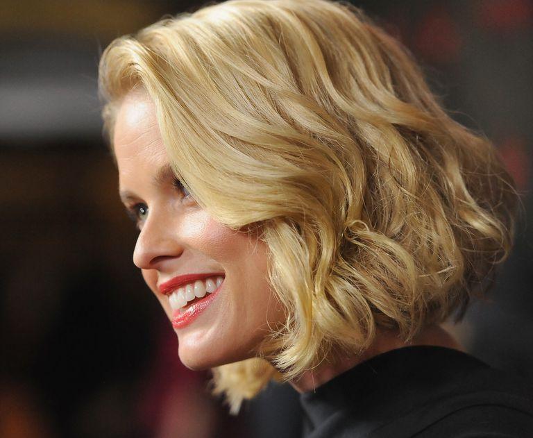 Medium Length Hairdos Perfect For Thick Or Thin Hair