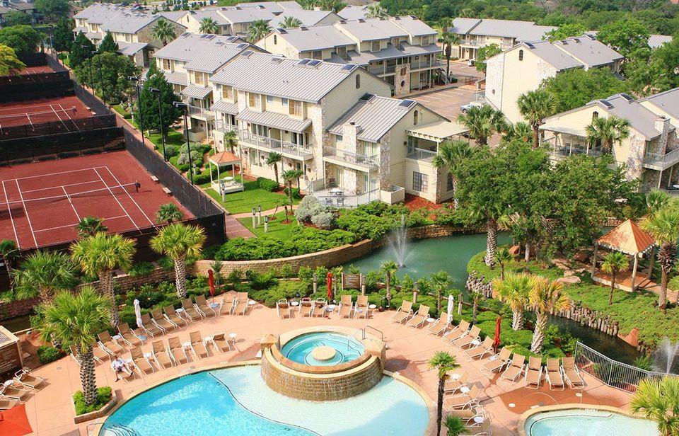 The 6 Best Austin Area Resorts