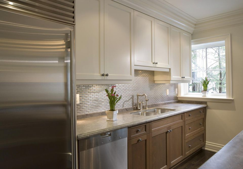 Small Kitchen Remodeling - Home Renovations on Small Kitchen:jdu_Ojl7Plw= Kitchen Remodeling Ideas  id=24799