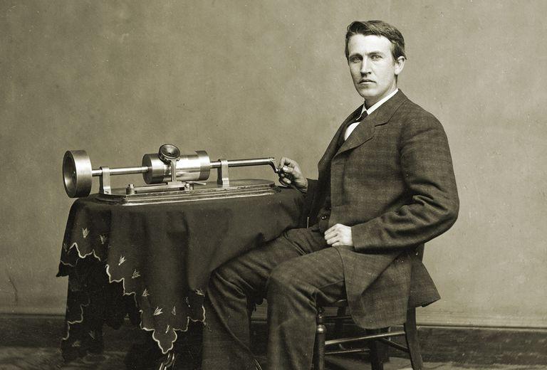 Spring Motor Phonograph Edison