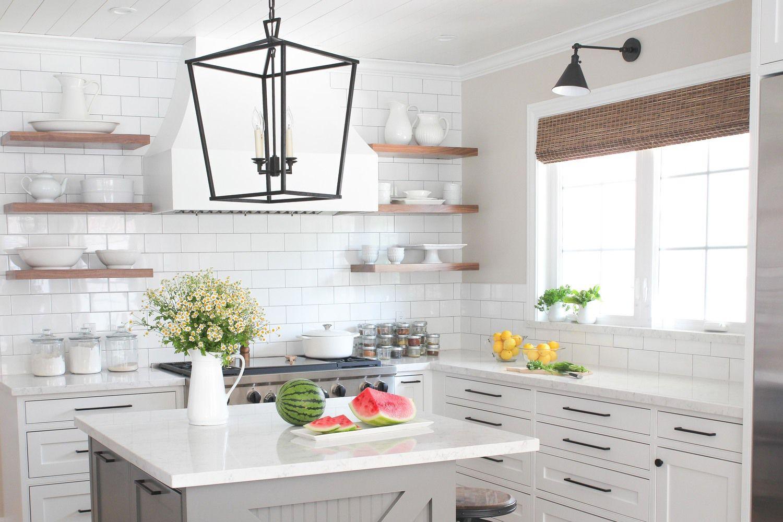 Gorgeous Modern Farmhouse Kitchens on Farmhouse Kitchen Counter Decor Ideas  id=84140
