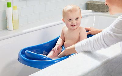 Reasons To Delay Babys First Bath