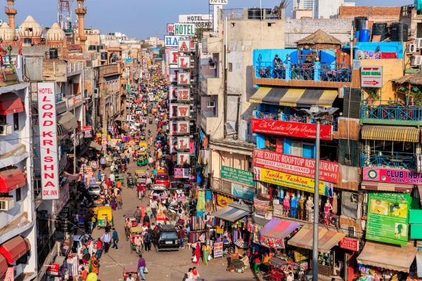 Cheap Paharganj Shopping in Delhi: A Photo Tour & Guide