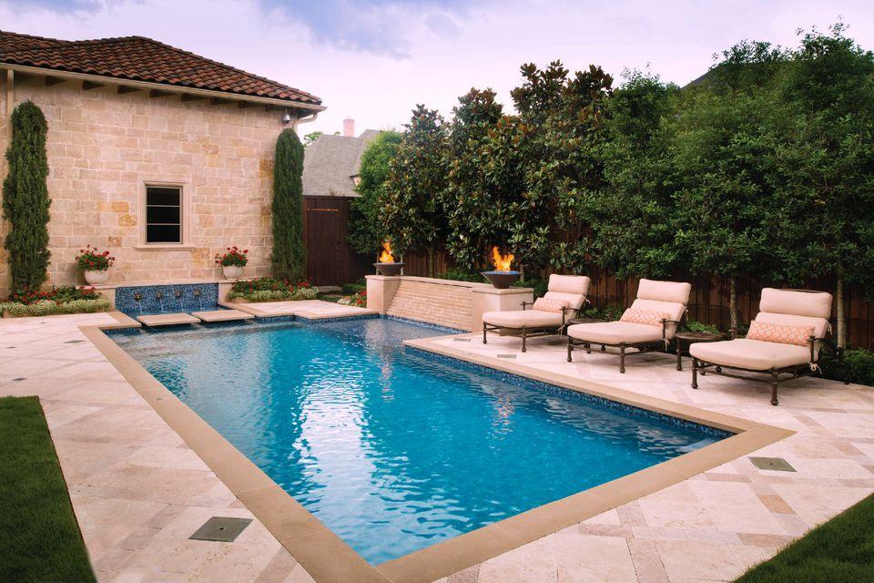 Rectangular Pool Designs and Shapes on Rectangular Backyard Design id=66836