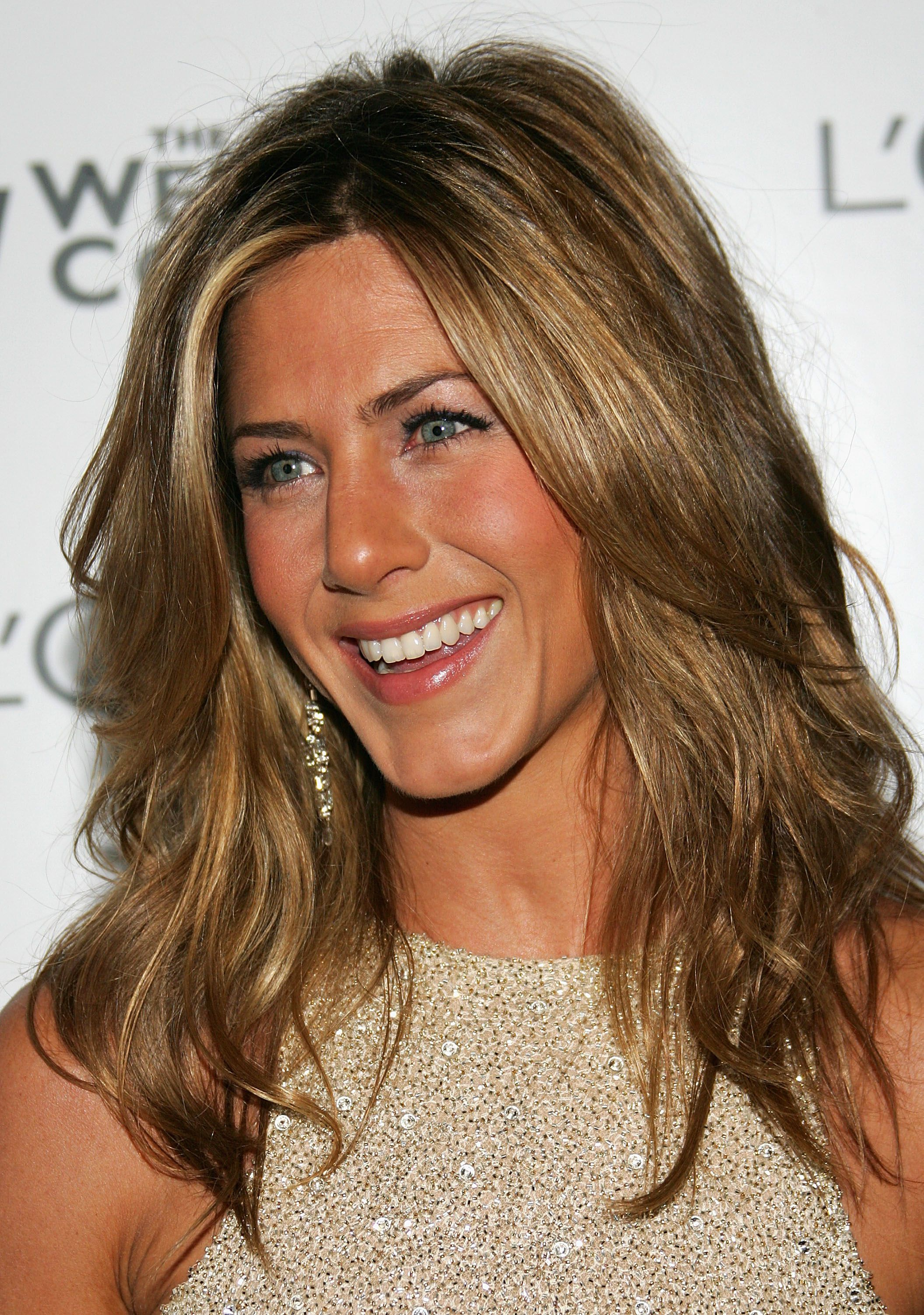 The Best Hairstyles at Age 20 30 40 and Older