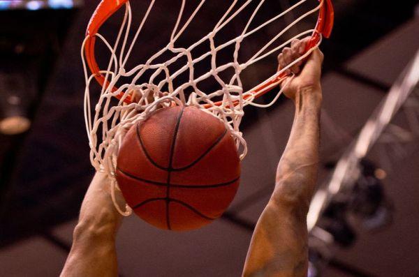 English-Spanish Basketball Glossary