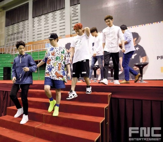 31.08.14 - ftisland athletics pri day 15