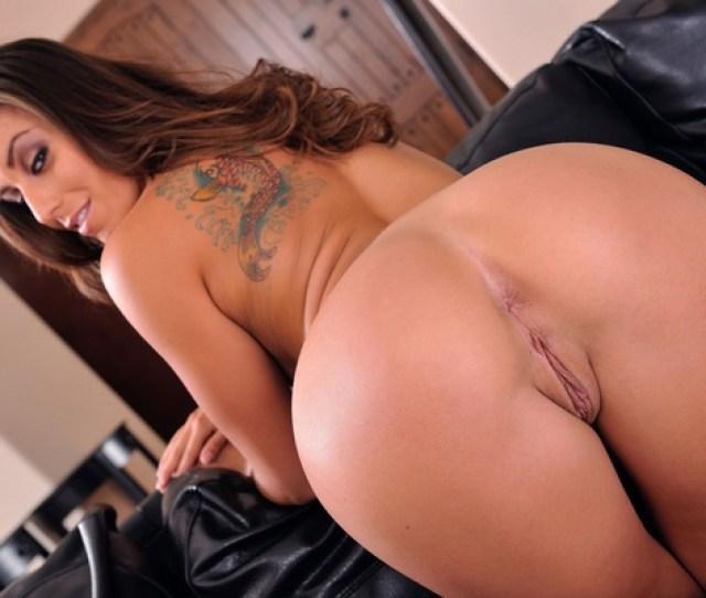 Rilynn Rae Brunette Sexy Girl Hot Nude Naked Ass