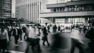 iPhoneのスローシャッターとRAW現像でブラして雰囲気のある写真を撮る