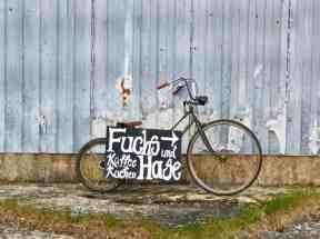 fahrrad-wegweiser-fuchs-hase-fahrradcafe-stolpe
