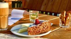 fuchs-hase-fahrradcafe-stolpe-kuchen-kaffee
