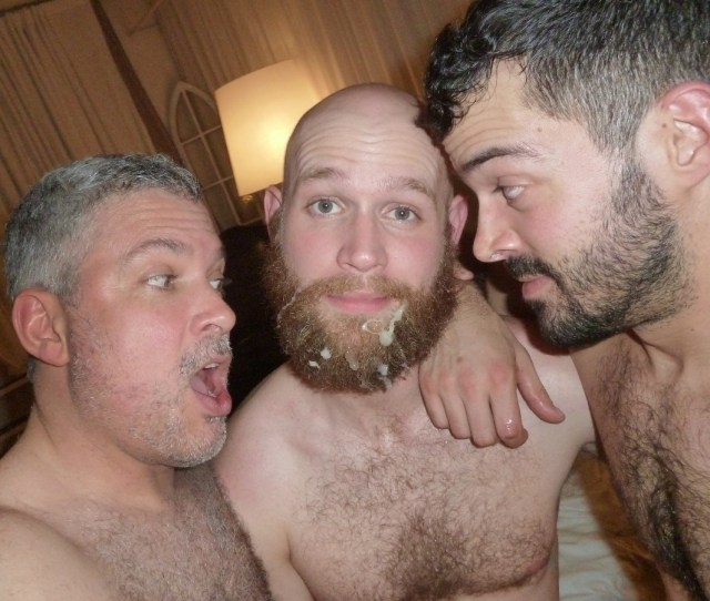 Nude Tenns Rubbing Clit