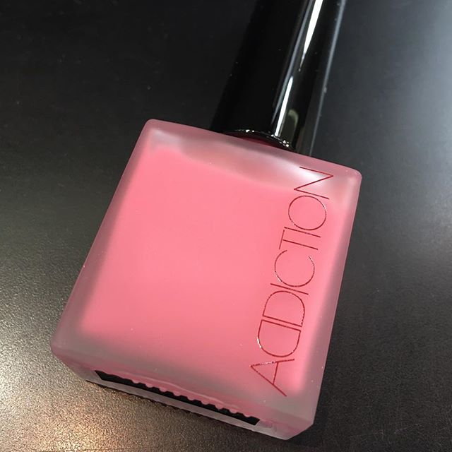 #addiction cheek polish 02