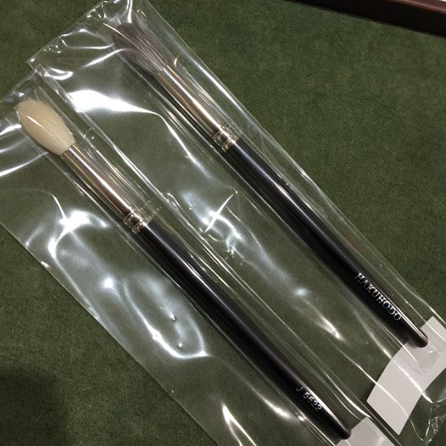 #hakuhodo 5522 J and G