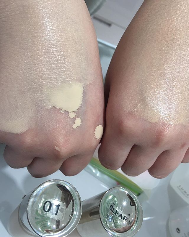 #lunasol liquid foundation 01 vs CL