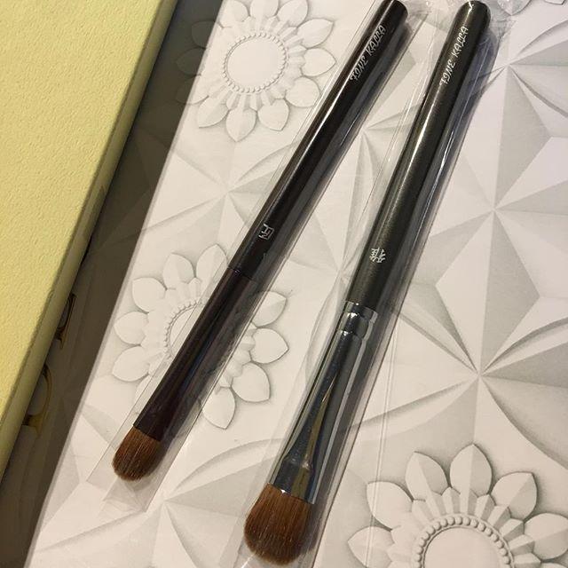 #Kyureido Eyeshadow KT0034000 yen KM0062500 yenBoth are Itachi hairEngraving free