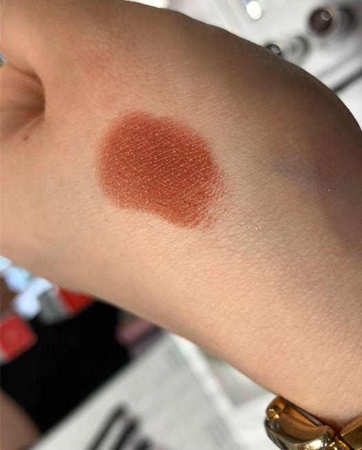 #RMK lipstick brown