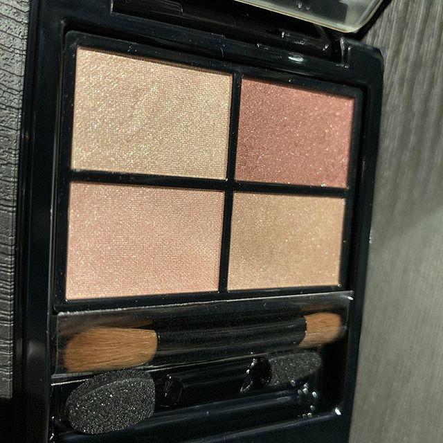 #Etvos mineral eyeshadow rose brown 4800 yen