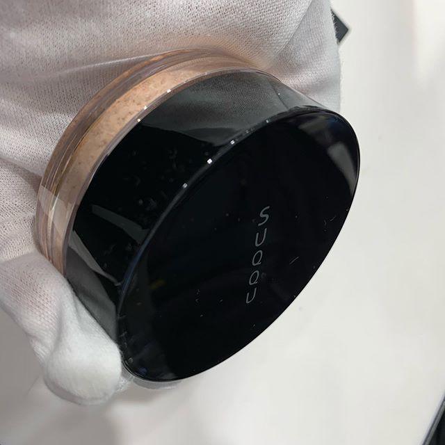 #Suqqu oil rich glow loose face powder 7200 yen
