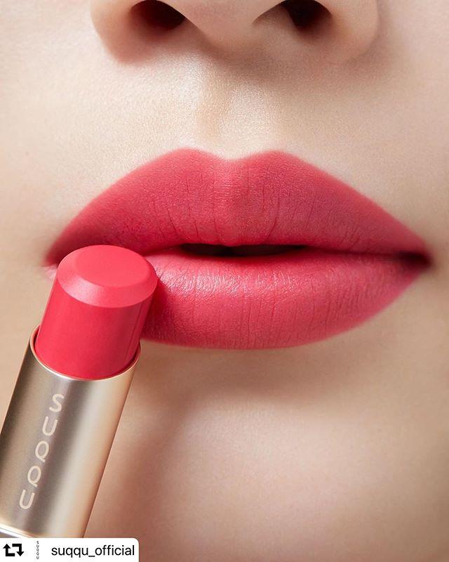 #repost @suqqu_official・・・VIBRANT RICH LIPSTICK03 TSUTSUJIZAKI バイブラント リッチ リップスティック03 躑躅咲 -TSUTSUJIZAKI 晶采柔艷唇膏03 躑躅咲 -TSUTSUJIZAKI#SUQQU #スック #2020SPRING #cosmetics #jbeauty #lipstick #リップ