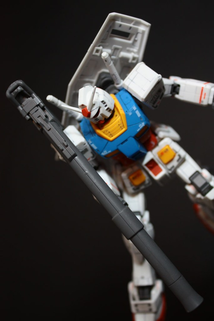 hguc-rx-78-2-gundam-040
