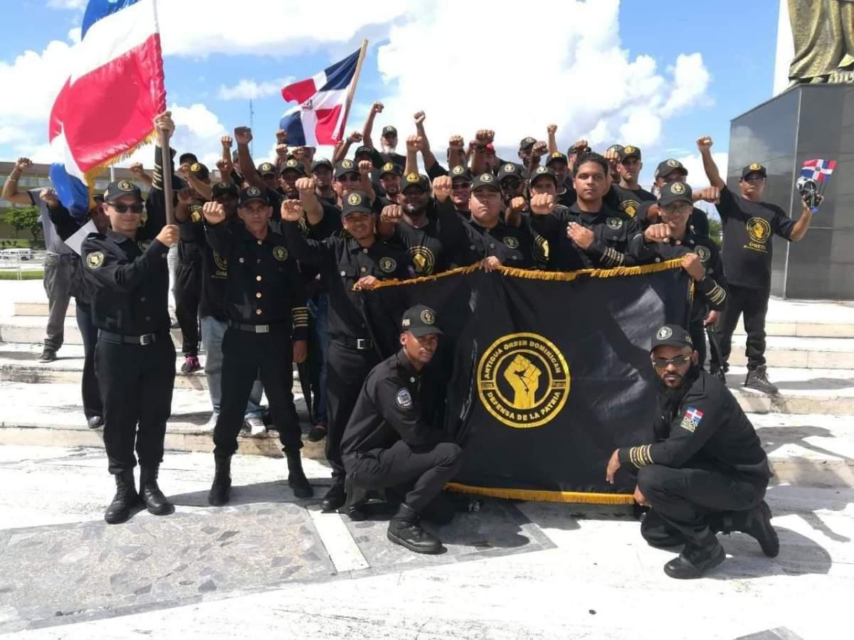 """Grupo de hombres crea """"movimiento para defender la Patria""""; Policía investiga"""