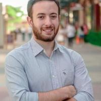 Agustín Laje: Los defensores de ideología género en RD trataron de aniquilarme