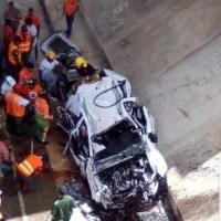 Muere sargento del Ejército y una argentina en accidente de tránsito en la autovía del Coral
