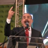 Danilo le manda fuego a Leonel en asamblea del PLD