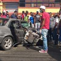 Cuatro heridos durante intento de atraco a carro público