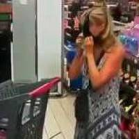 Se pone panti como mascarilla tras llamarle la atención en supermercado