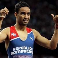 El ministro de Deportes está caliente con el atleta Luguelín Santos