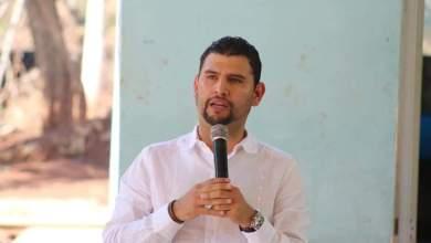 Celebra Octavio Ocampo acuerdo para federalizar sistema educativo de Michoacán
