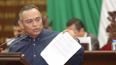 Presenta Salvador Arvizu iniciativa para derogar verificación vehicular en Michoacán
