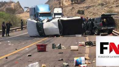 Encontronazo de 2 camionetas; una muerta y 8 heridos
