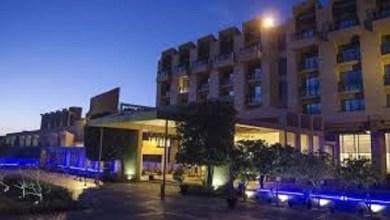 Deja 5 muertos y 6 heridos, ataque en hotel de Paquistán