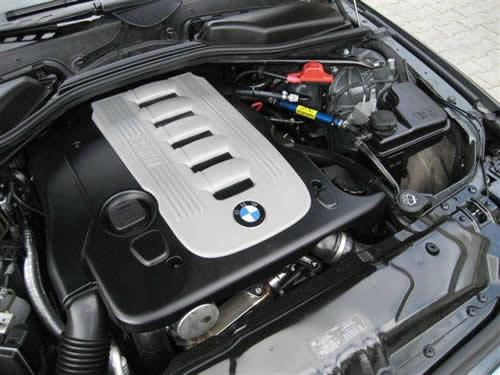 BMW 525 03