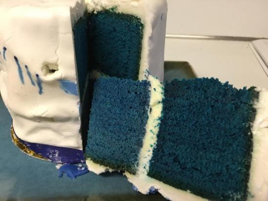 blue velvet wedding cake