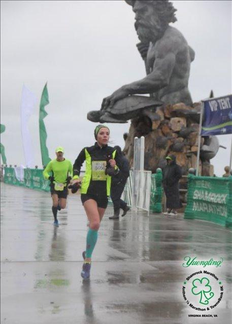 shamrock half marathon me running 2017 1bd66fe029c