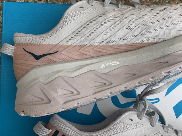 Hoka One One Arahi 4 Shoe Review