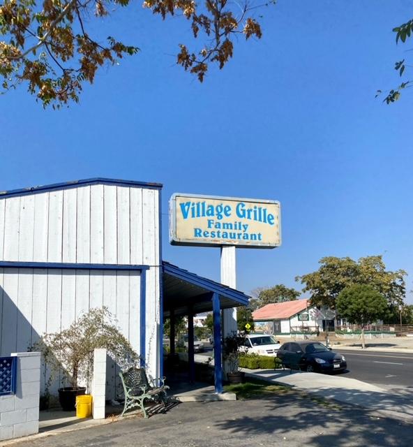 Village Grill (Tehachapi, CA)
