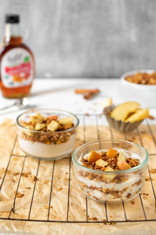 veganuary healthy apple granola