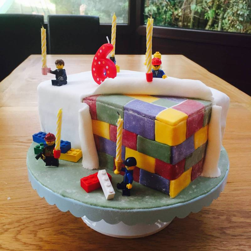 Easy Lego Themed Birthday Party and Cake