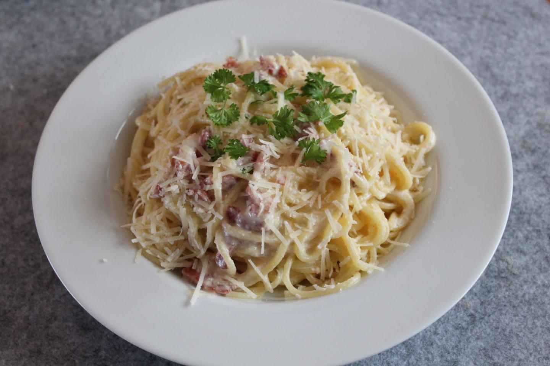 Fresh and Creamy Carbonara Sauce Recipe