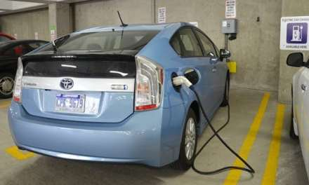 """Which U.S. Cities Are Driving Demand for """"Green"""" Cars?"""