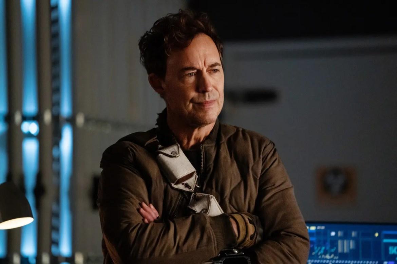 Tom Cavanagh es múltiples Wells en The Flash