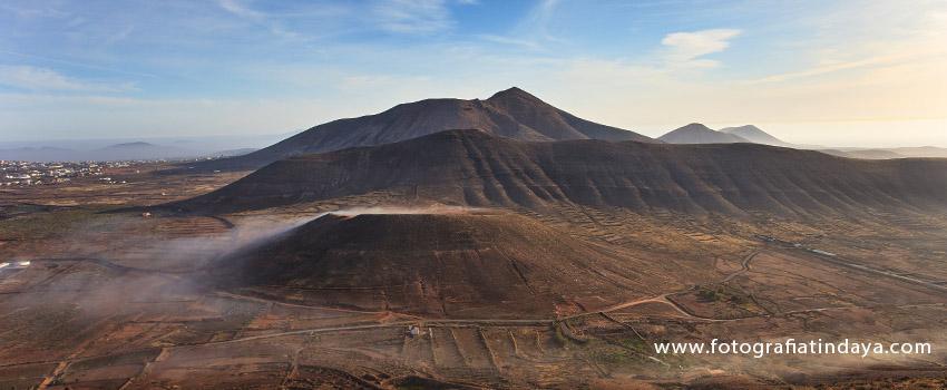 Calderetilla de Fimapaire- Morro Grande y al fondo Escanfraga