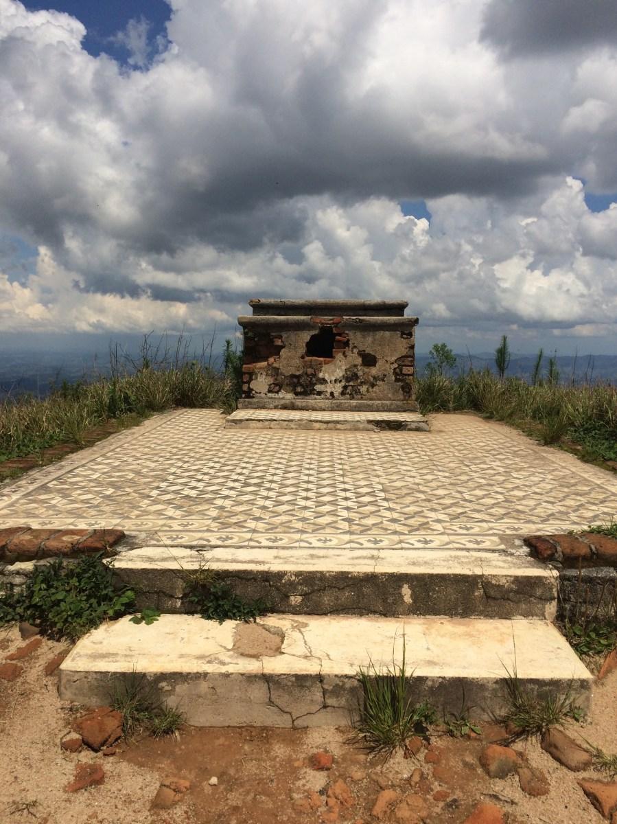 Altar Pico do Pião
