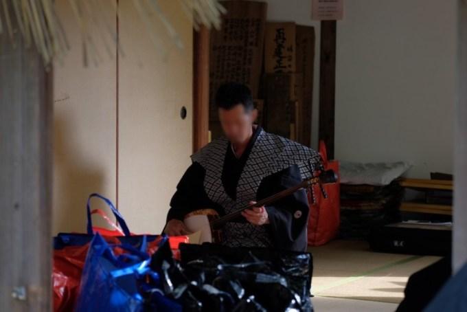 肥土山農村歌舞伎|控室にて練習